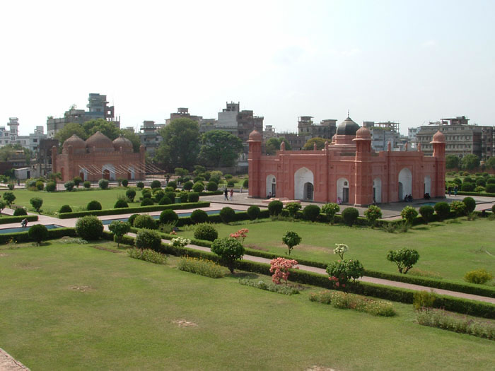 Top Eight Historic Places in Bangladesh (with Pictures)